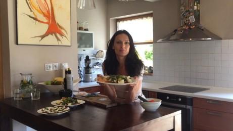 Hana Lang připravuje zdravé jídlo