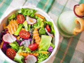 Každý den si dobřejte čerstvý salát, je významným zdrojem kyseliny listové