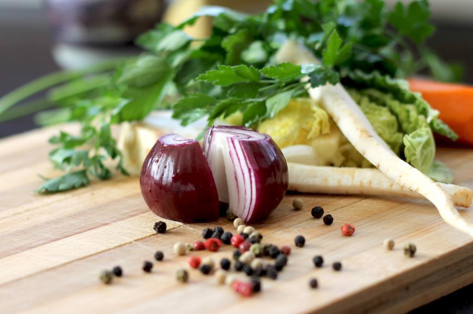 cibule na zeleninový vývar